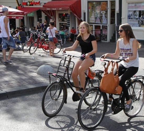 Do you tip in Amsterdam? Etiquette, norms and social customs in the Netherlands